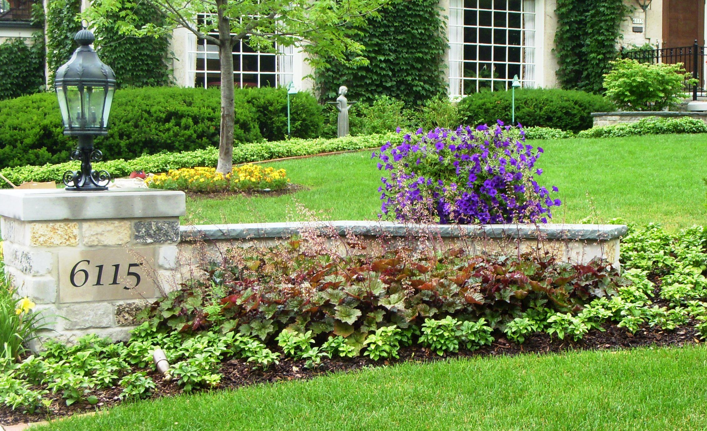 28+ Driveway entry landscaping ideas ideas
