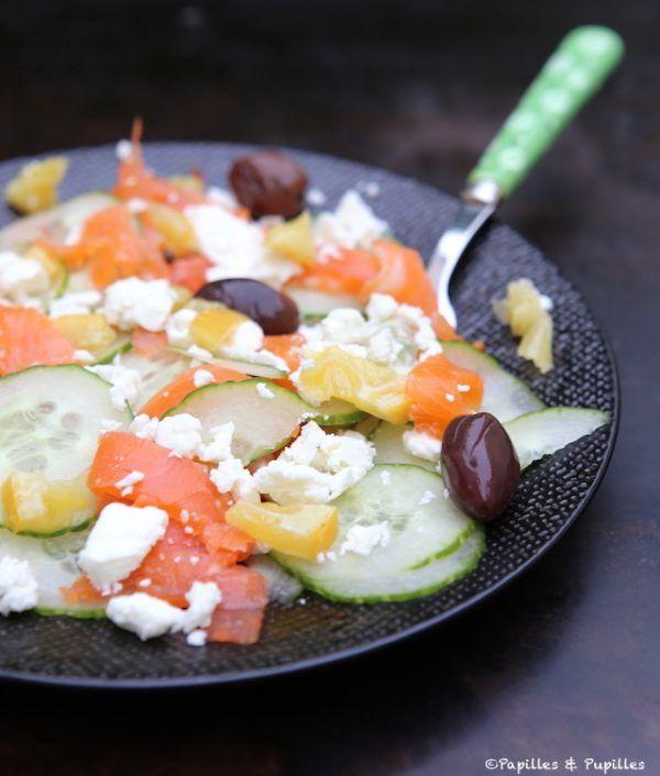 Salade de concombre, saumon fumé et féta