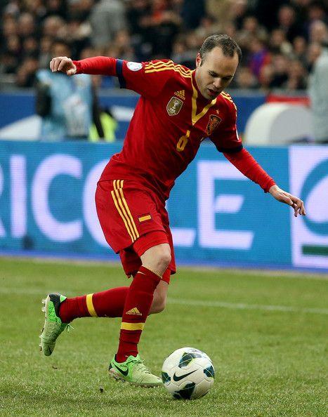 Andreas Iniesta Photos Photos France V Spain Spain National Football Team Iniesta National Football Teams