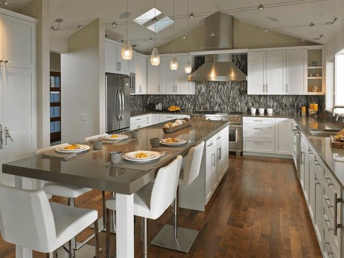 Delightful Kitchen With Dining Area And Kitchen Island Train Ego