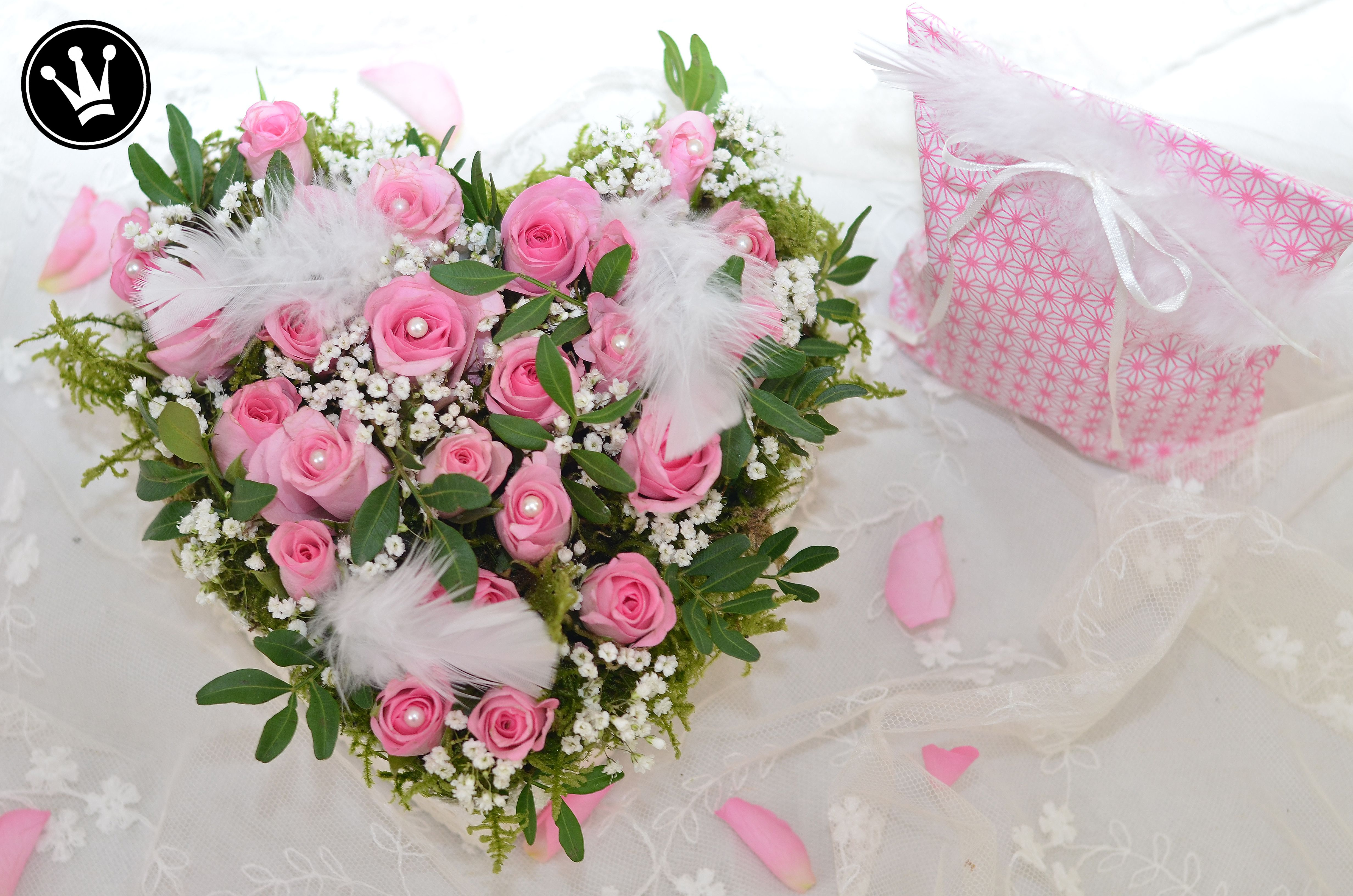 DIY - Rosengesteck für Valentinstag oder Muttertag aus ...