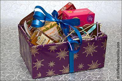 Diy christmas hampers hamper christmas hamper and diy christmas diy christmas hampers coffee vanilla solutioingenieria Image collections