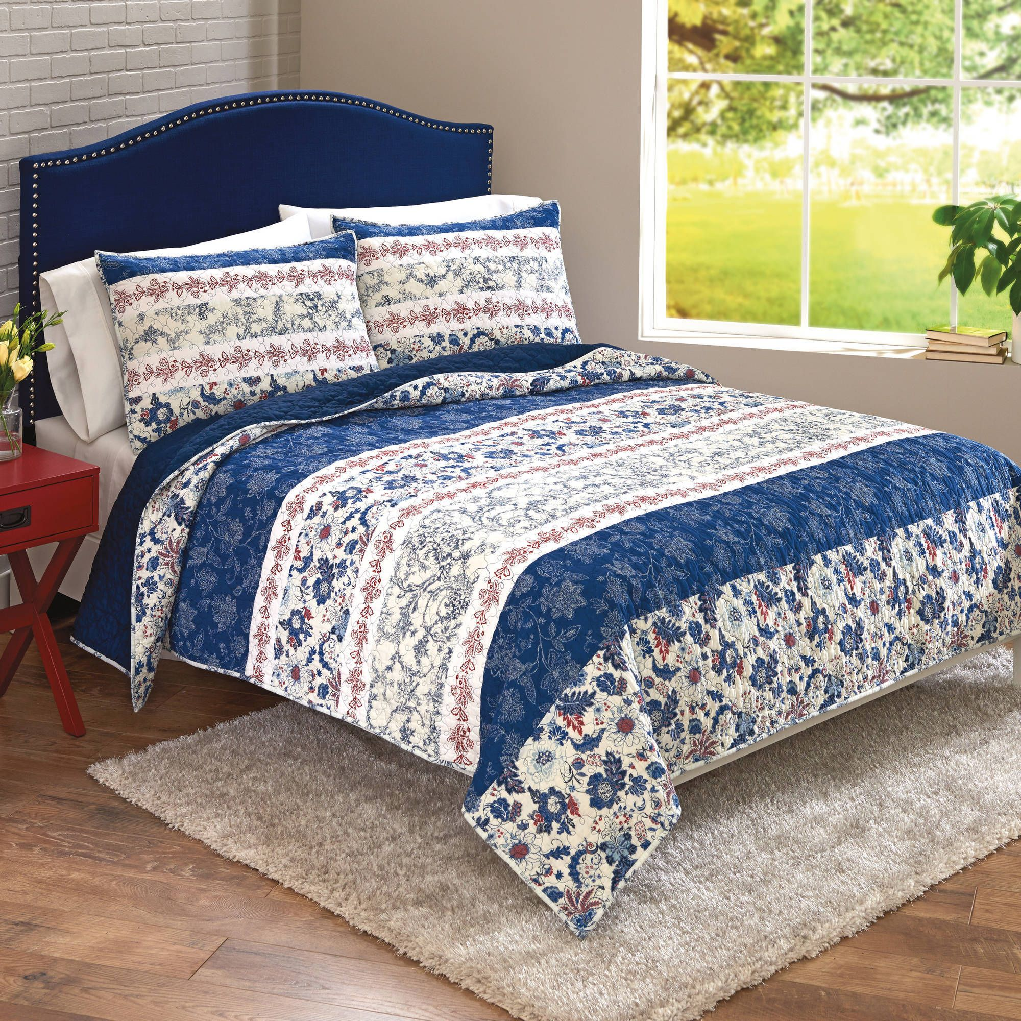 Better Homes and Gardens Blue Floral Patchwork Banded