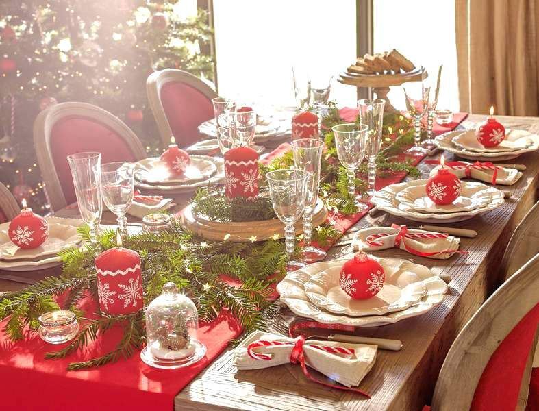 table de noel rouge et or coration table noel rouge vert co table noel  rouge decoration table de noel rouge et vert