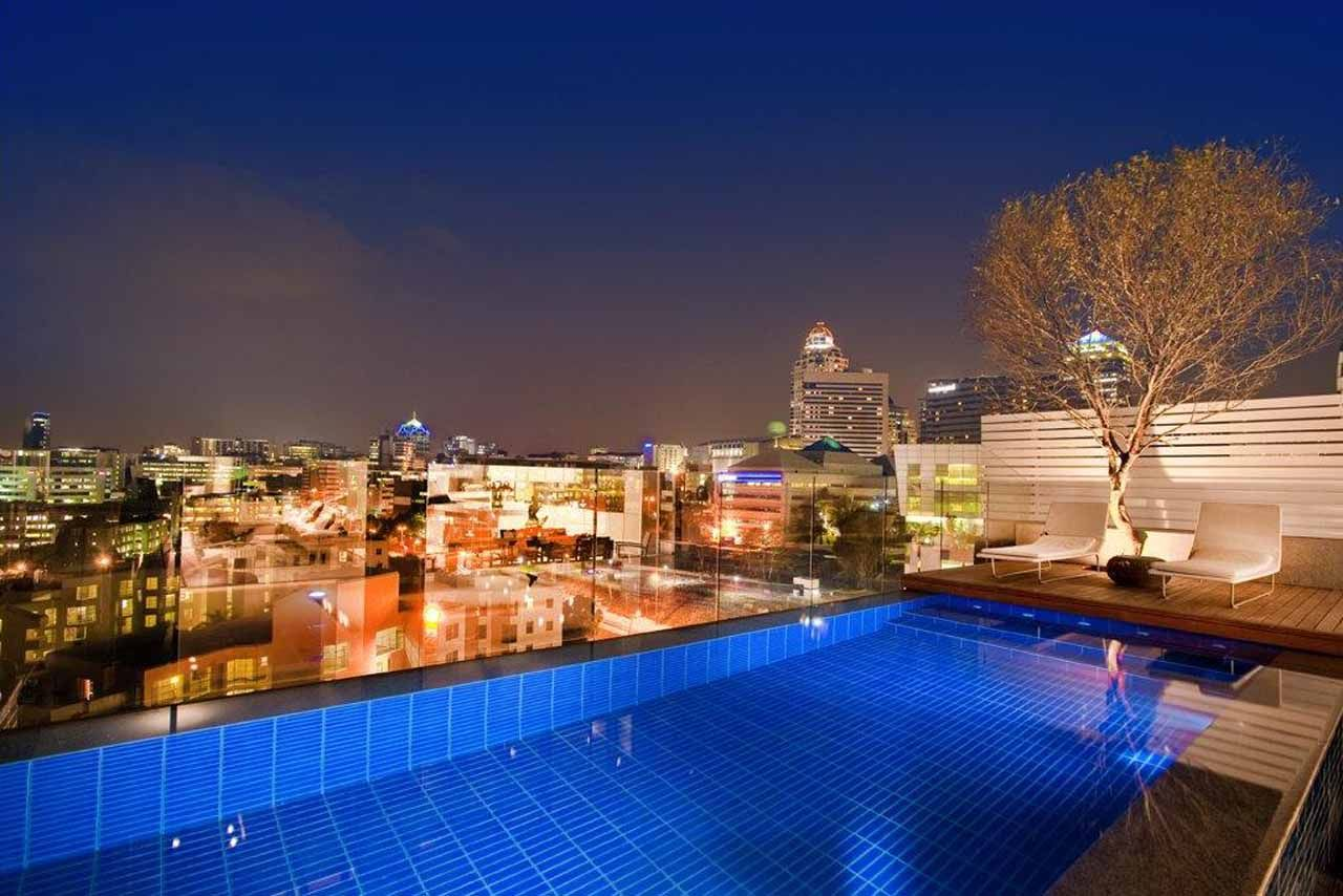 Beautiful swimming pools beautiful swimming pool with night city view in sandhrust towers