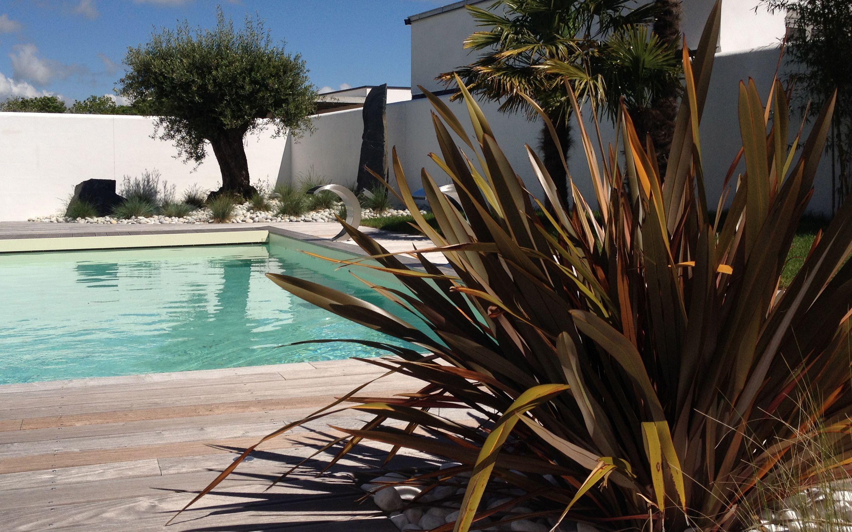 design de jardin paysagiste la rochelle et l 39 ile de r deco jardin outdoor decor decor. Black Bedroom Furniture Sets. Home Design Ideas