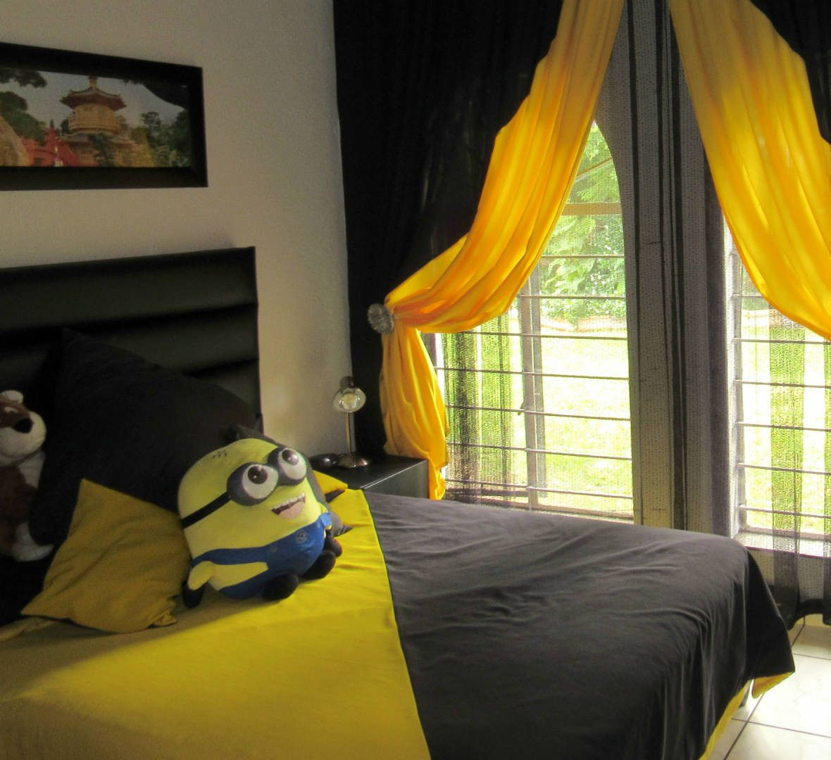 Yellow And Black Diagonal Comforter With Matching Scatter Cushions And  Large Display Cushion And Matching Curtains