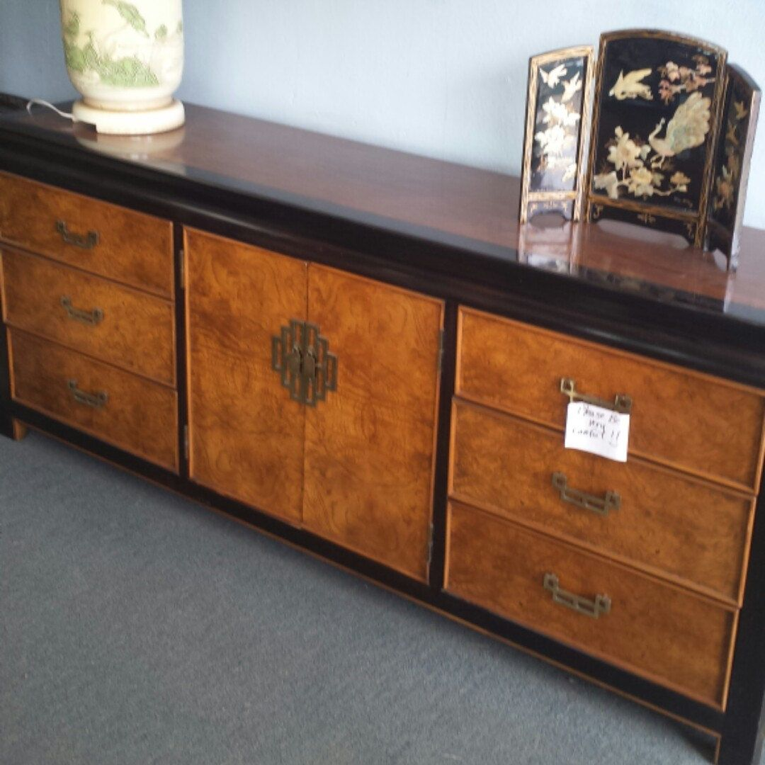 Best Just Listed Gorgeous Hollywood Regency Chinoiserie 400 x 300
