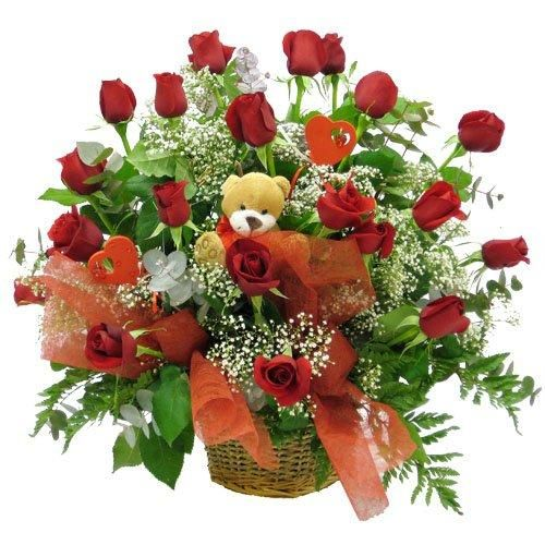 flores con caja de regalos para cumpleanos buscar con google