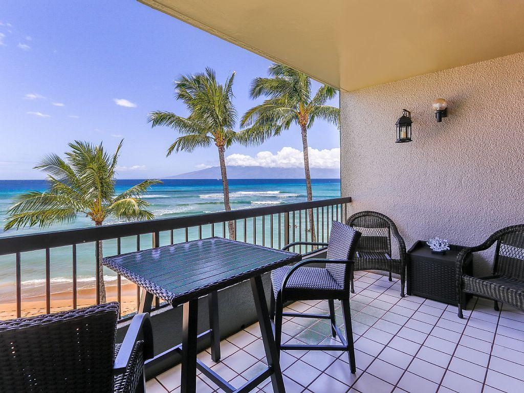 Absolute Beachfront With Million Dollar Views At Hale Mahina A 302 Honokowai Condo Vacation Rentals Beachfront Condo Maui Condo