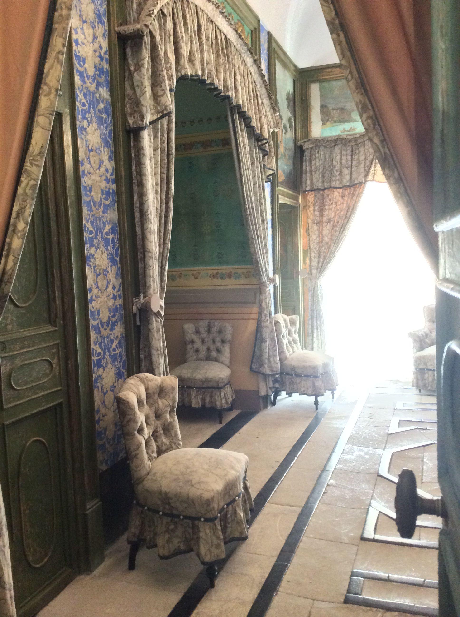 Il Castello di Donnafugata (Ragusa). La camera di Bianca di Navarra.