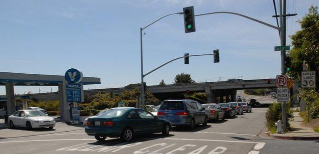 Fremont Traffic Court >> Fremont Dump Truck Hits Traffic Light Causes Power Outage