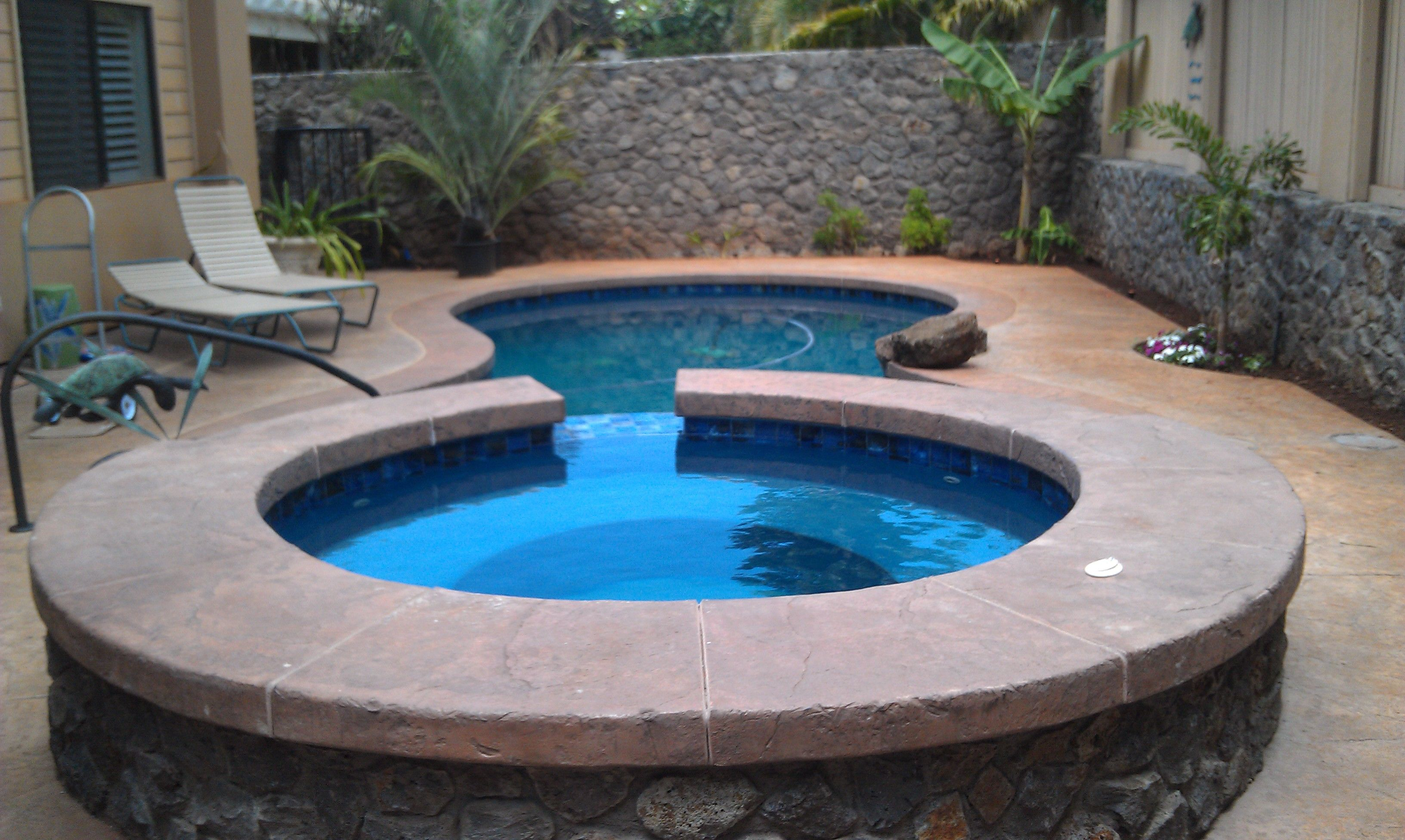 Pacific Blue Backyard Pool & Spa Small Pool For A