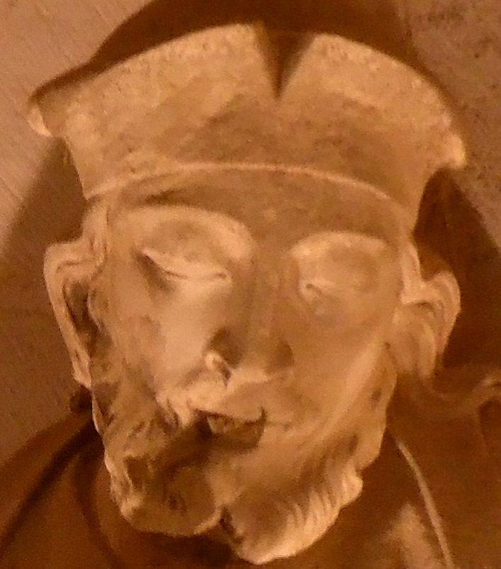 Sculture della Cattedrale (XIII sec.) trasferite all'interno dell'edificio
