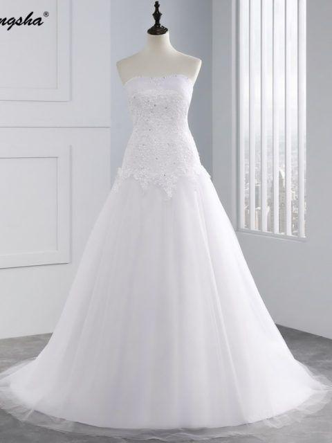 Boho Vintage Lace A-Line Wedding Dress | Vintage lace