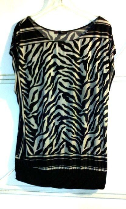 "Nice for casual fashion! RARE HEART SOUL BLACK & GRAY ZEBRA STRIPES BLOUSE TOP CAP SLEEVE PLUS SIZE 1X <3 WOMEN""S LADIES CLOTHING - on eBay! $9.98"