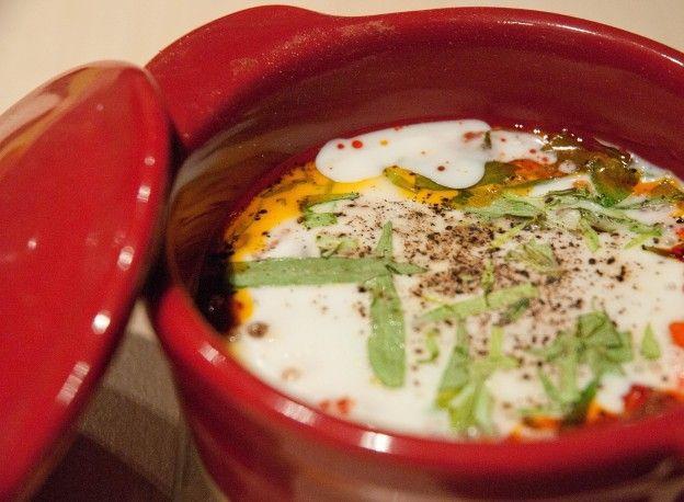 750 grammes vous propose cette recette de cuisine : Oeufs cocotte au chorizo et à l'estragon. Recette notée -/5 par 0 votants