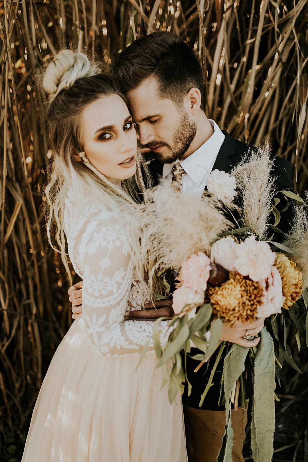 An Intimate and Free Spirited New Age Desert Wedding Shoot