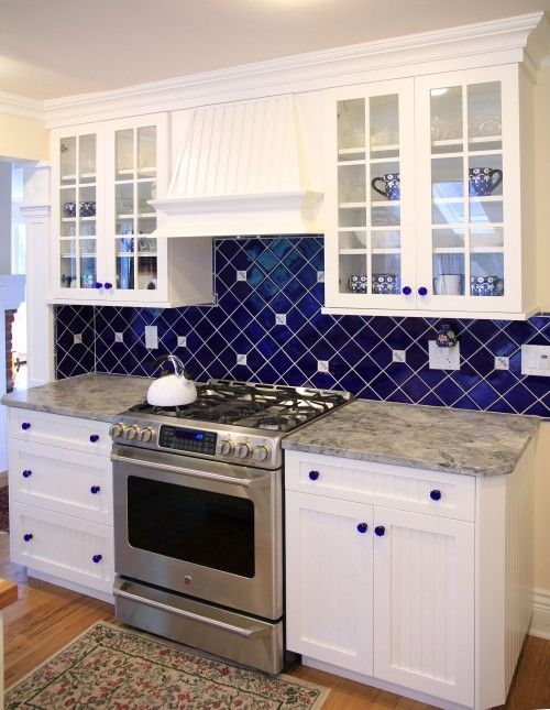 world construction | via houzz #kitchen #white kitchen #blue kitchen