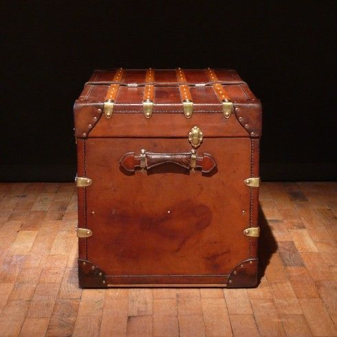 Best of Bentleys — Leather Trunk by Hofmann Top Search - Cool trunk luggage New