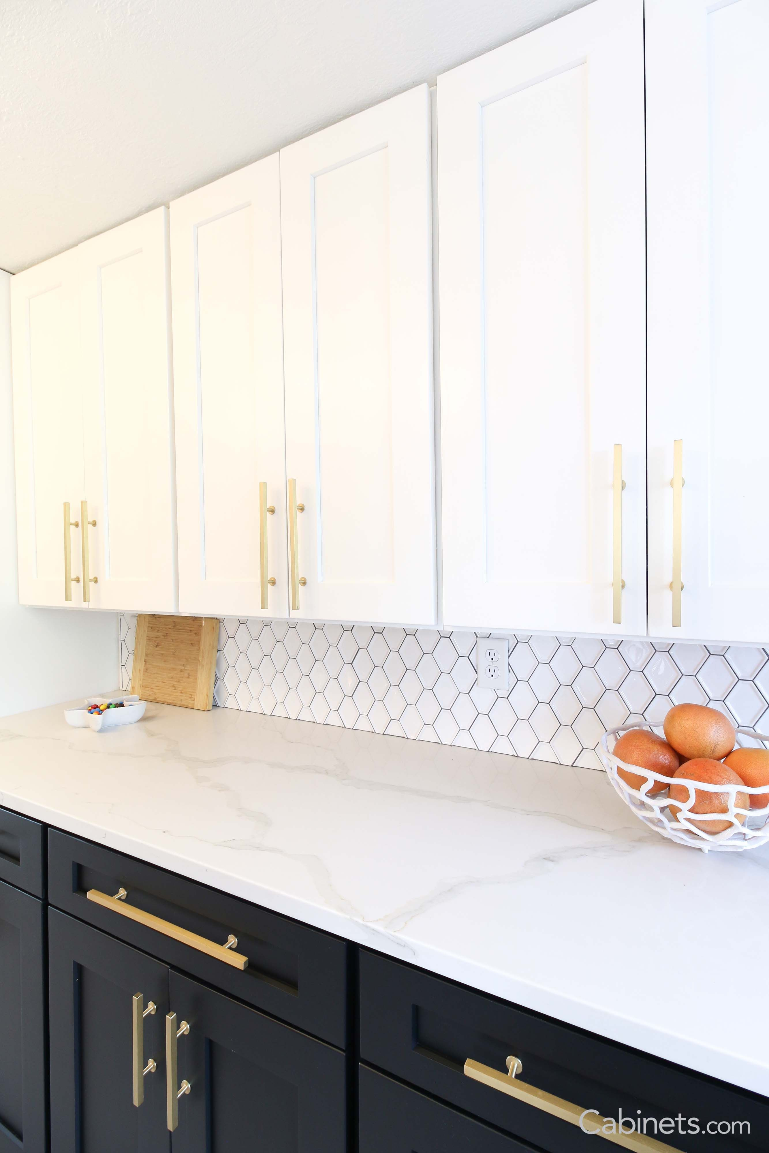 Black White And Gold Stunning Color Palette For This Mid Century Modern Kitchen New Kitchen Cabinets Modern Kitchen Modern Kitchen Design