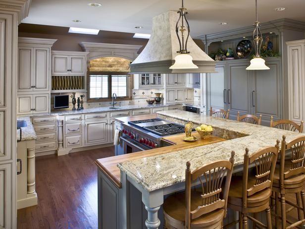 Big Kitchen With Bigger Island Kitchen Layout Kitchen Island With Seating Kitchen Island With Stove
