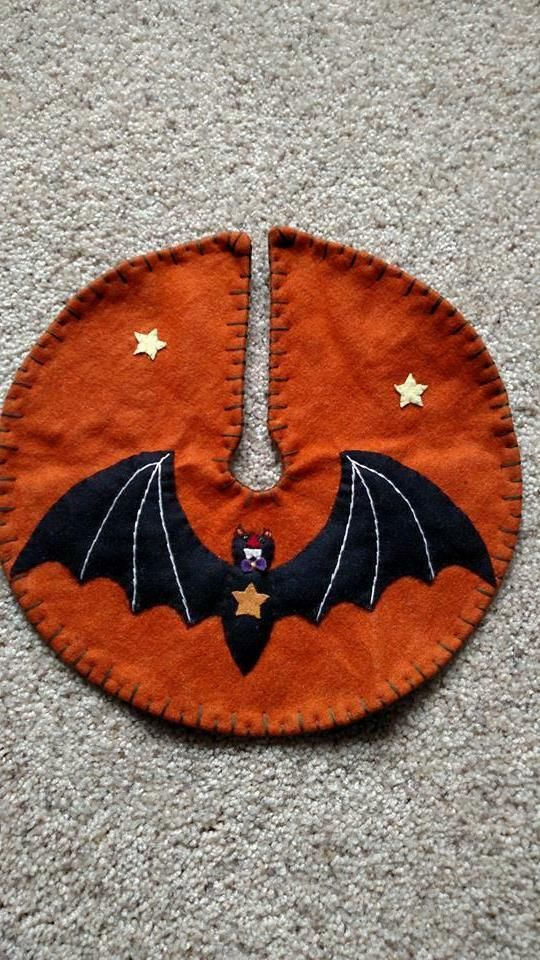 "12"" Hand made Wool Flannel Embroider Applique BLACK BAT"