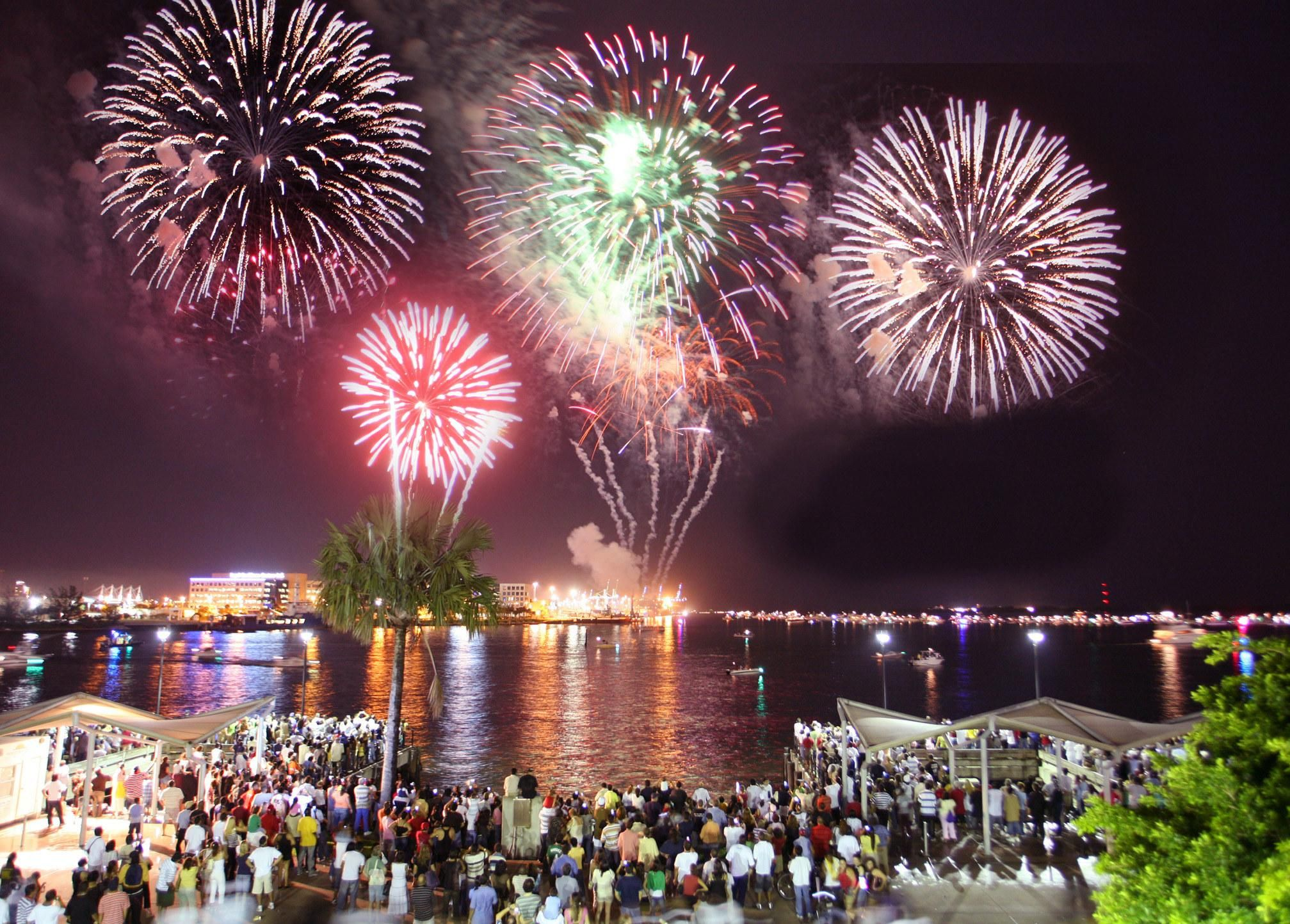 The World S Most Exciting New Year S Eve Celebrations New Years Eve Miami Most Romantic Places Romantic Places