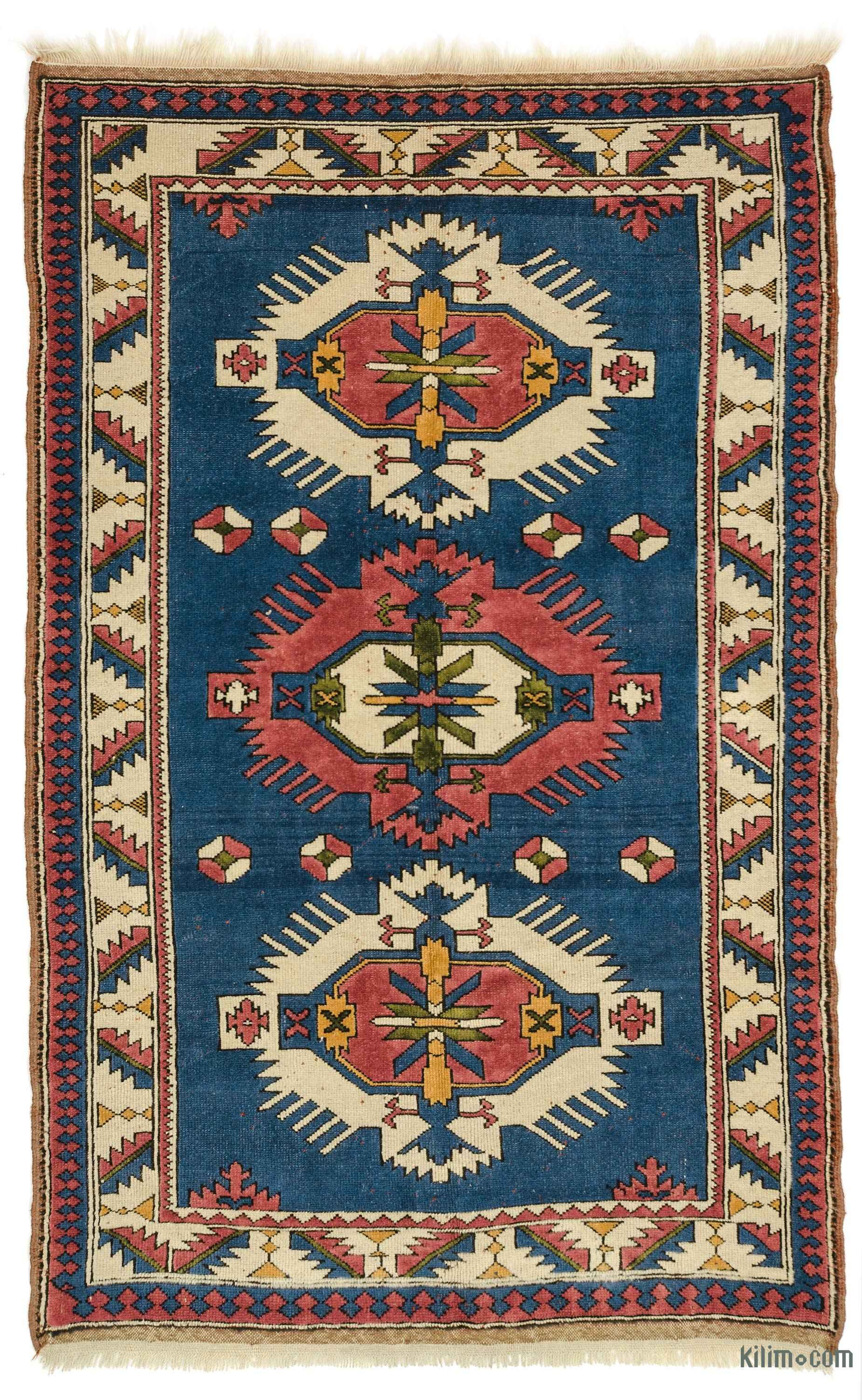 For A Contemporary Look With A Vintage Appeal We Source Oriental Rugs Hand Woven In The 60 S And 70 S In Excellent Cond Vintage Rugs Rugs Vintage Turkish Rugs