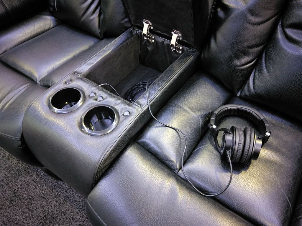 I Often Prefer Wearing Headphones Instead Of Using My Home Cinema  # Deco Table Tele Plus Homecimema
