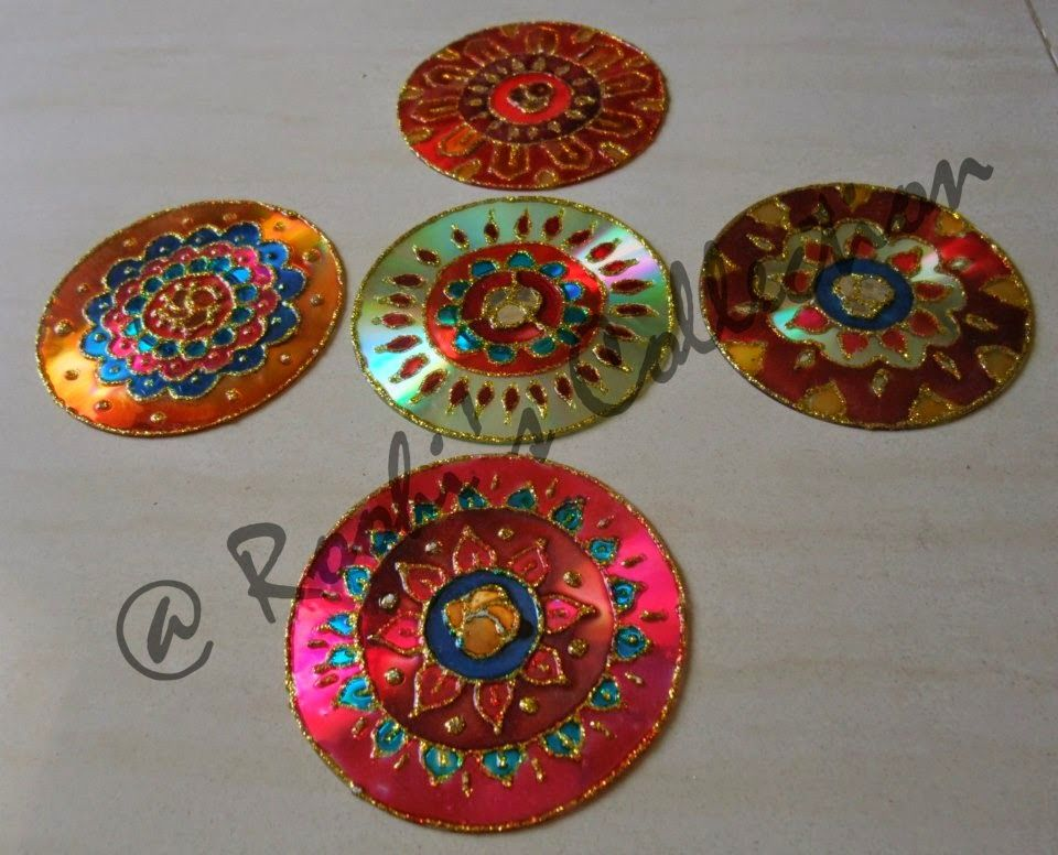 Roohi 39 s collections 10 ways of making diyas and rangoli for Waste material craft ideas in hindi