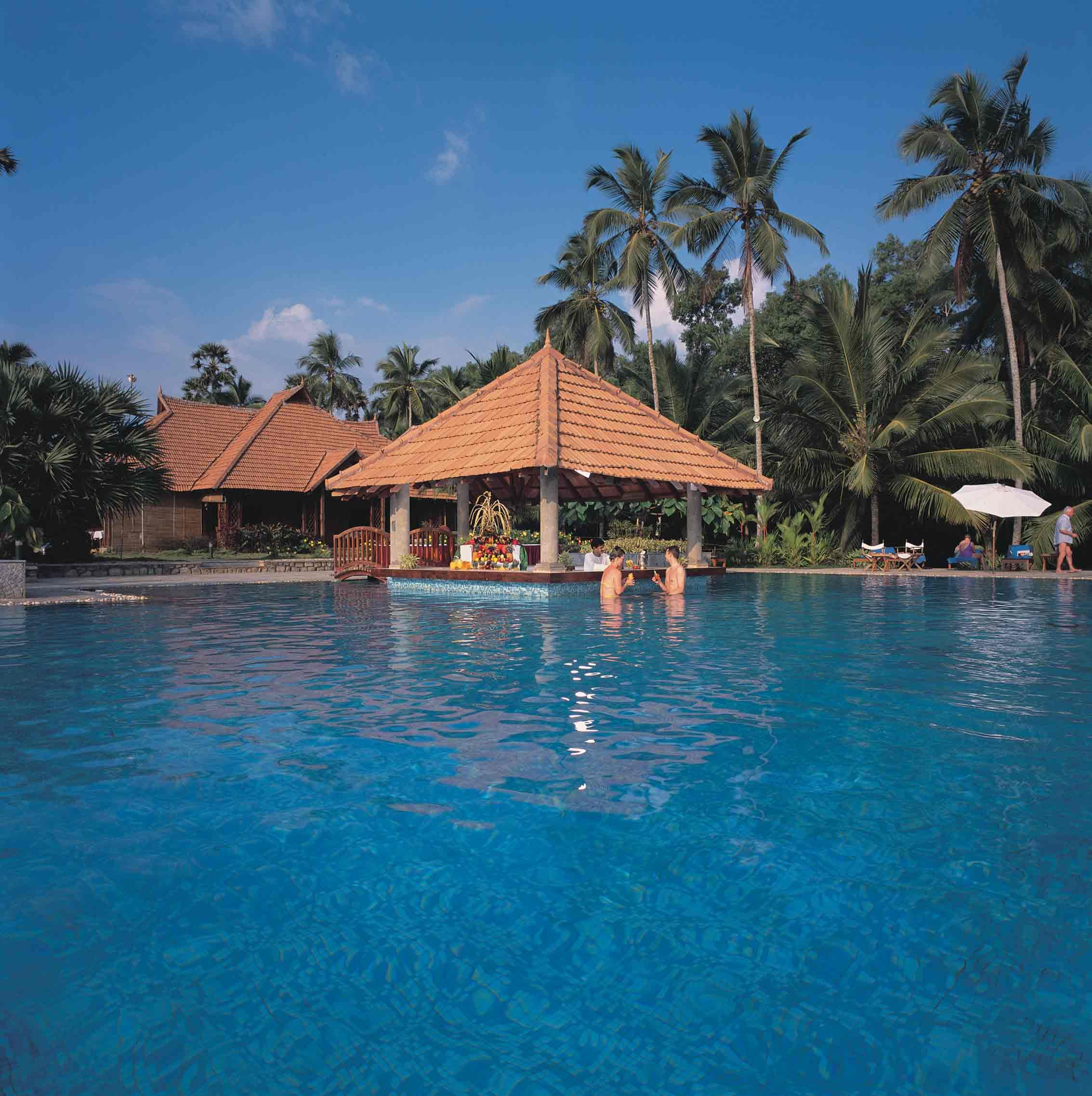 Poovar Pool The Land Cottages Are Centrally Air