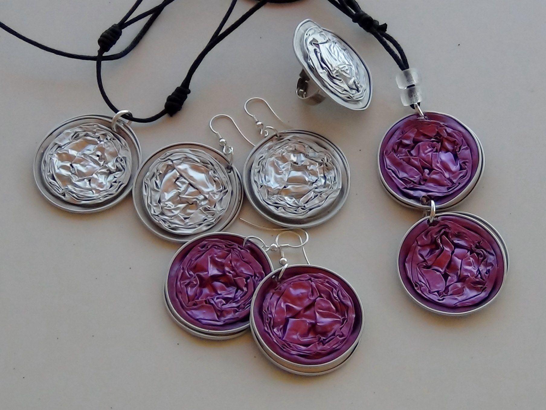 How to make a necklace with nespresso coffee capsules c mo - Que hacer con capsulas nespresso ...