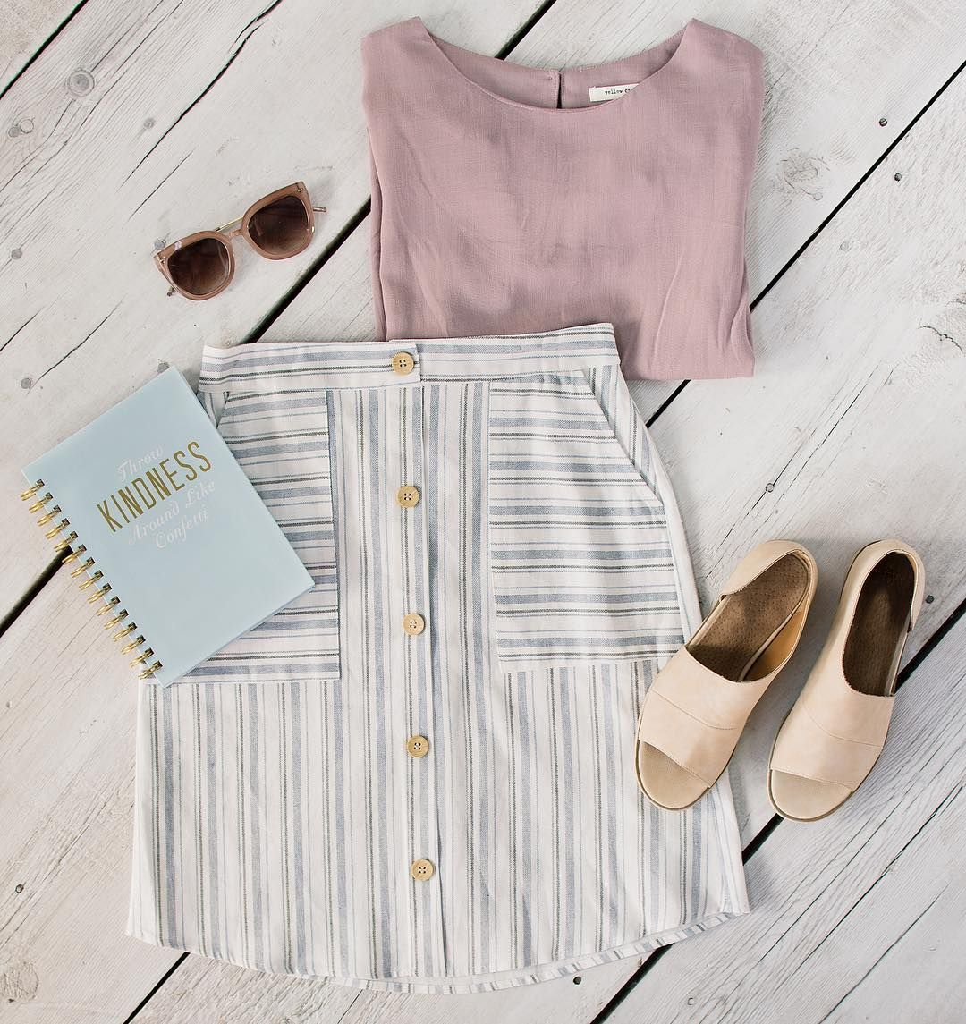 Spring has arrived with all our favorite trends — sweet shades, pastels, stripes, and slides!