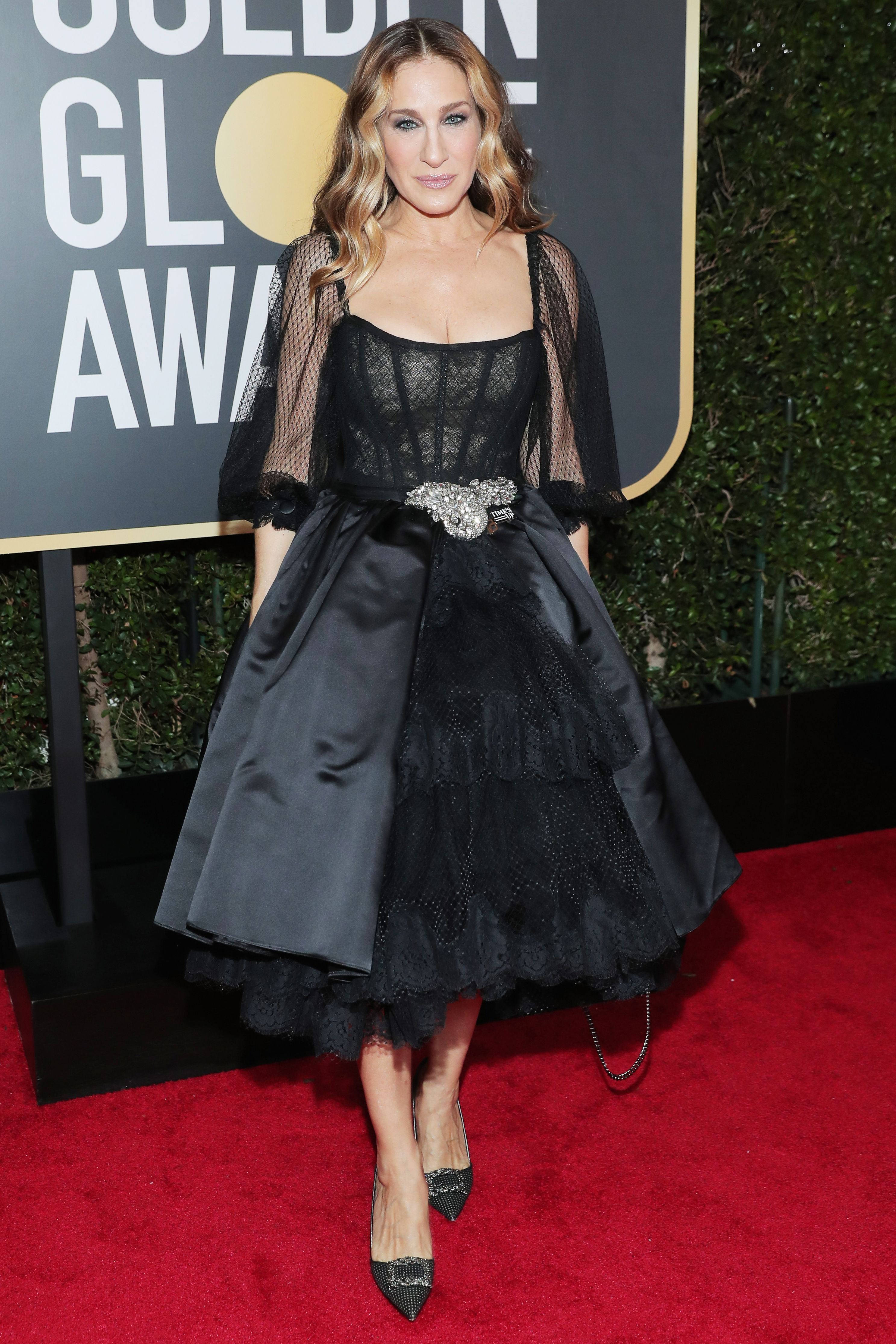 All the Glamorous 2018 Golden Globes Red Carpet Arrivals - Sarah Jessica  Parker from InStyle.com 69fdb7b60f2