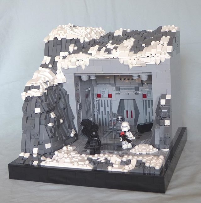Starkiller Base. Here's my latest MOC! I'm very pleased with how it ...