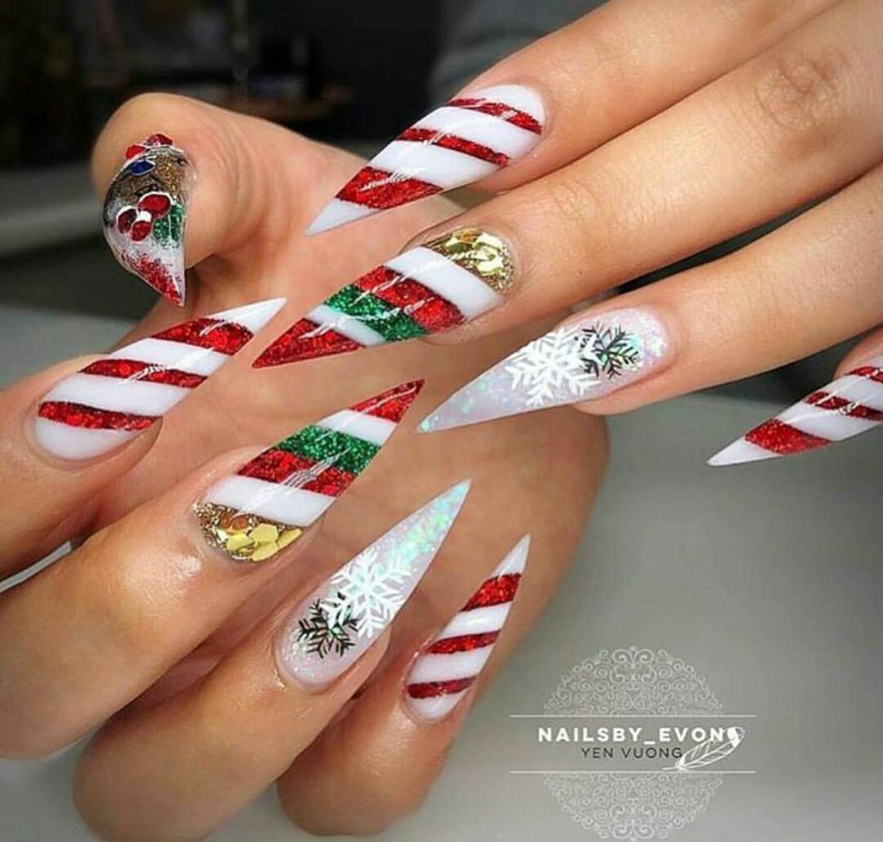 Christmas Candy Cane Stripes Long Stiletto Nails Nails Christmas