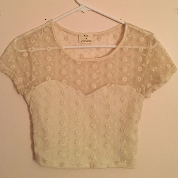 UO Lace Crop Top Adorable lace top with flower print! Urban Outfitters Tops Crop Tops