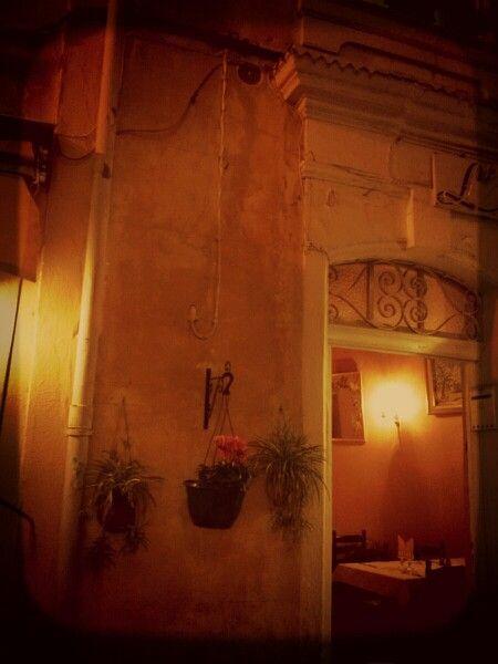 Arles. Rue parfumé de lavande