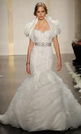 Used Lazaro Wedding Dress Lz 3201 Size 4 Get A Designer Gown For Much Less On Preownedweddingdresses
