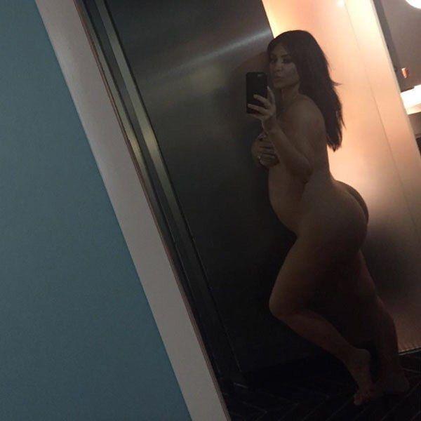 #KimKardashian poses NAKED 2 PROVE she's Pregnant http://ift.tt/1CeNjph #PvtNews