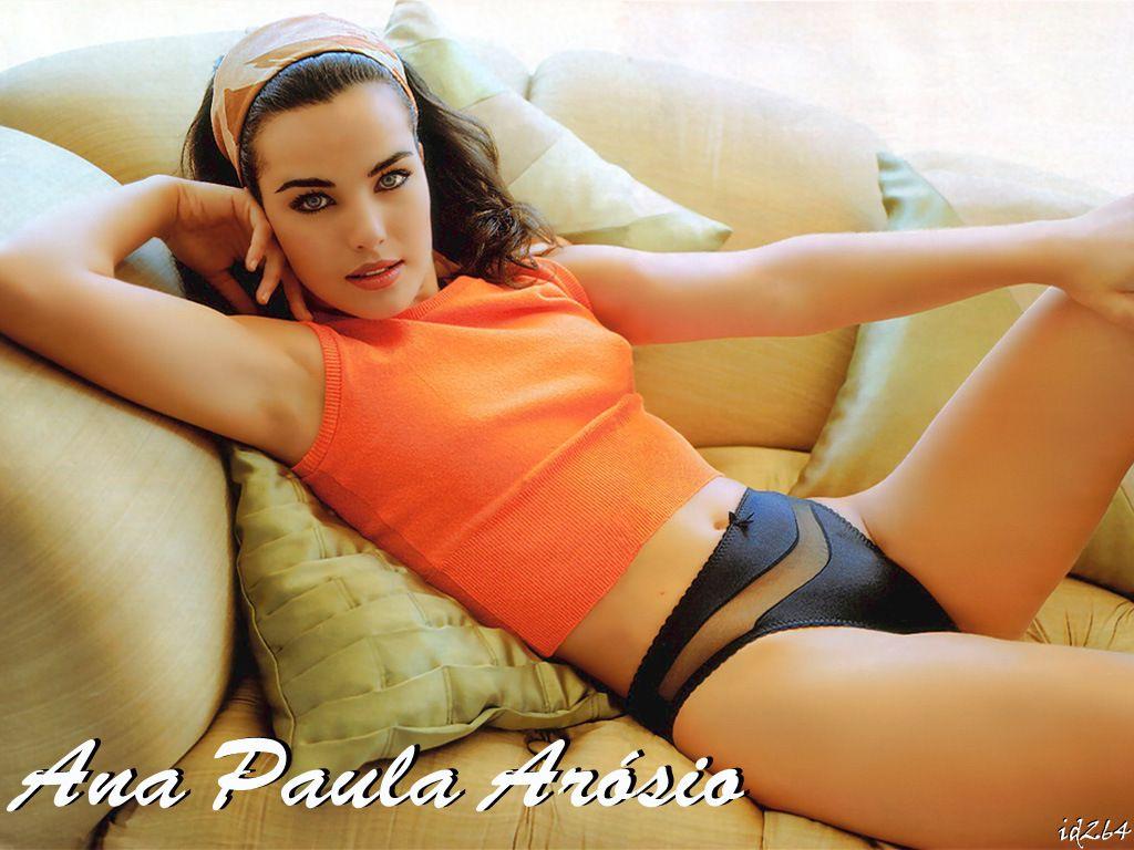 100 Pictures of Ana Paula Ambrosio Nua