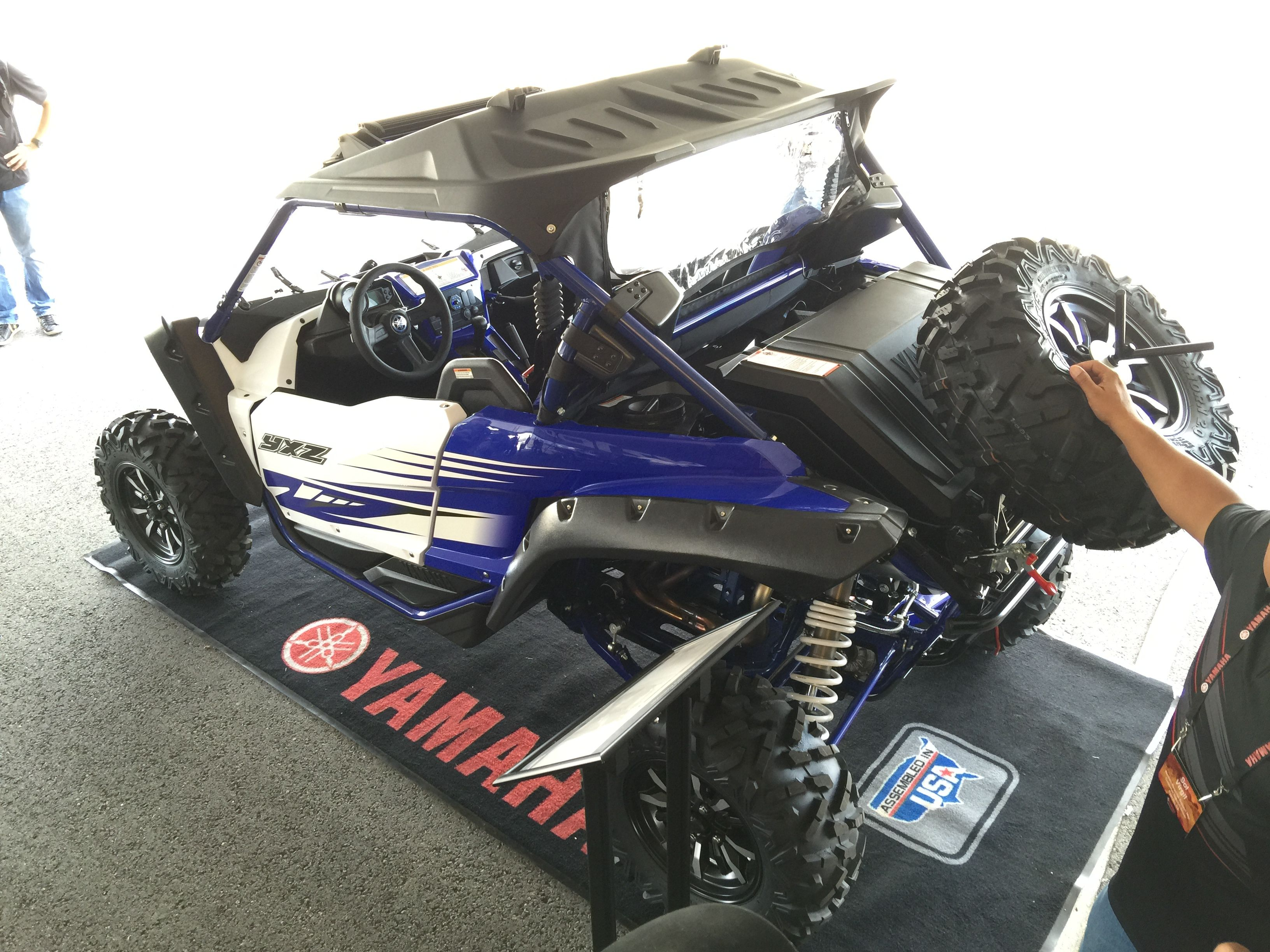 yxz1000r in mud - Google Search | toy | Monster trucks