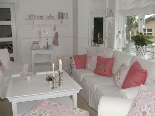 Salon Blanc Rose Romantique | Decoration | Salon blanc, Deco ...
