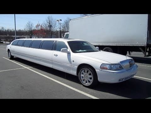 2003 Lincoln Town Car Cartier Limousine Start Up Engine And In Depth Tour Youtube Lincoln Town Car Limousine Toronto Airport