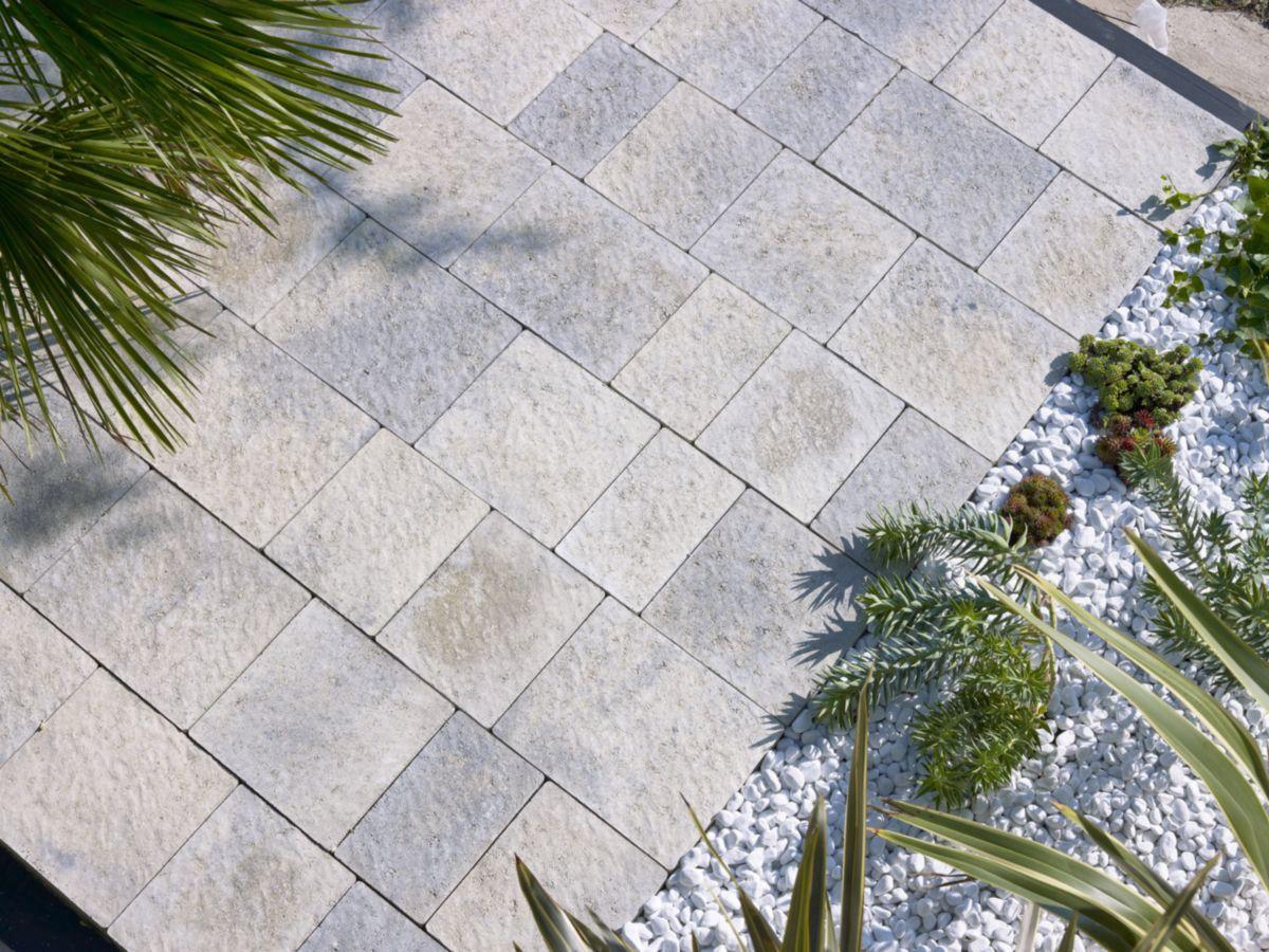 Pave Sol Exterieur Beton Navarre Gris Brut Multiformat 4 Modules Ep 6 Cm Fabemi Decoration Ex Revetement Sol Exterieur Paves Exterieur Sol Exterieur