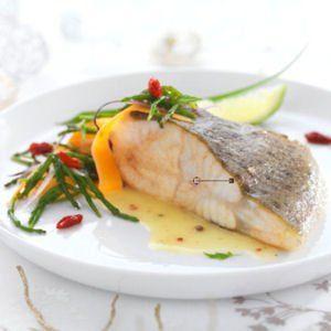 Pav de turbot cuit au beurre sal et salicornes poissons et fruits de mer tentants - Recette de turbot grille ...