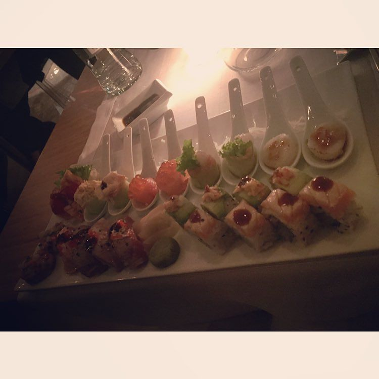 The Wow effect  #Wow #thewoweffect #bento #milan #milano #slurp #gnam #food #foodie #japan #japanese #giapponese #sushi #sashimi #uramaki #gunkan #tartare #tataki #hotate #knam #ernstknam by faithlova