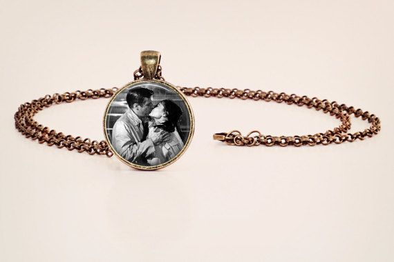Audrey Hepburn, Holly Golightly: Breakfast at Tiffany's - Kissing in the Rain - Black and White Vintage Style Photo Pendant Necklace