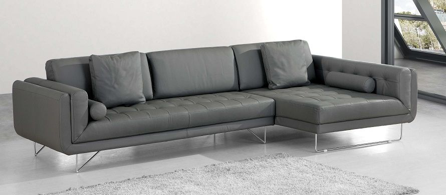 Modern Sectional Sofas And Corner Couches In Toronto Mississauga Ottawa And Markham By La Vie Furniture With Images Modern Sofa Sectional Sectional Sofa Corner Couch